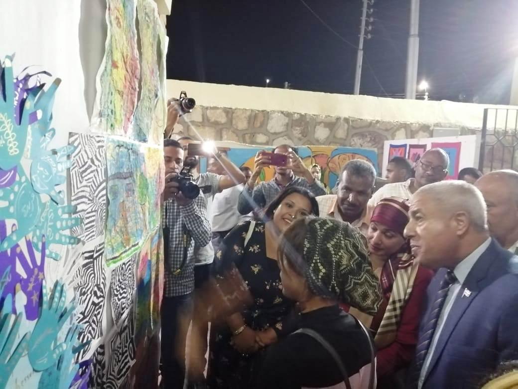 معرض القافلة الثقافية وعرض الصوت والضوء والحفل الفنى بمنطقة السوق (6)