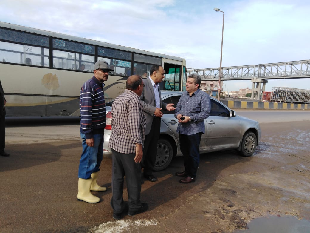 محافظ الإسكندرية يكلف السكرتير العام بتفقد تصريف الأمطار خلال النوة (3)