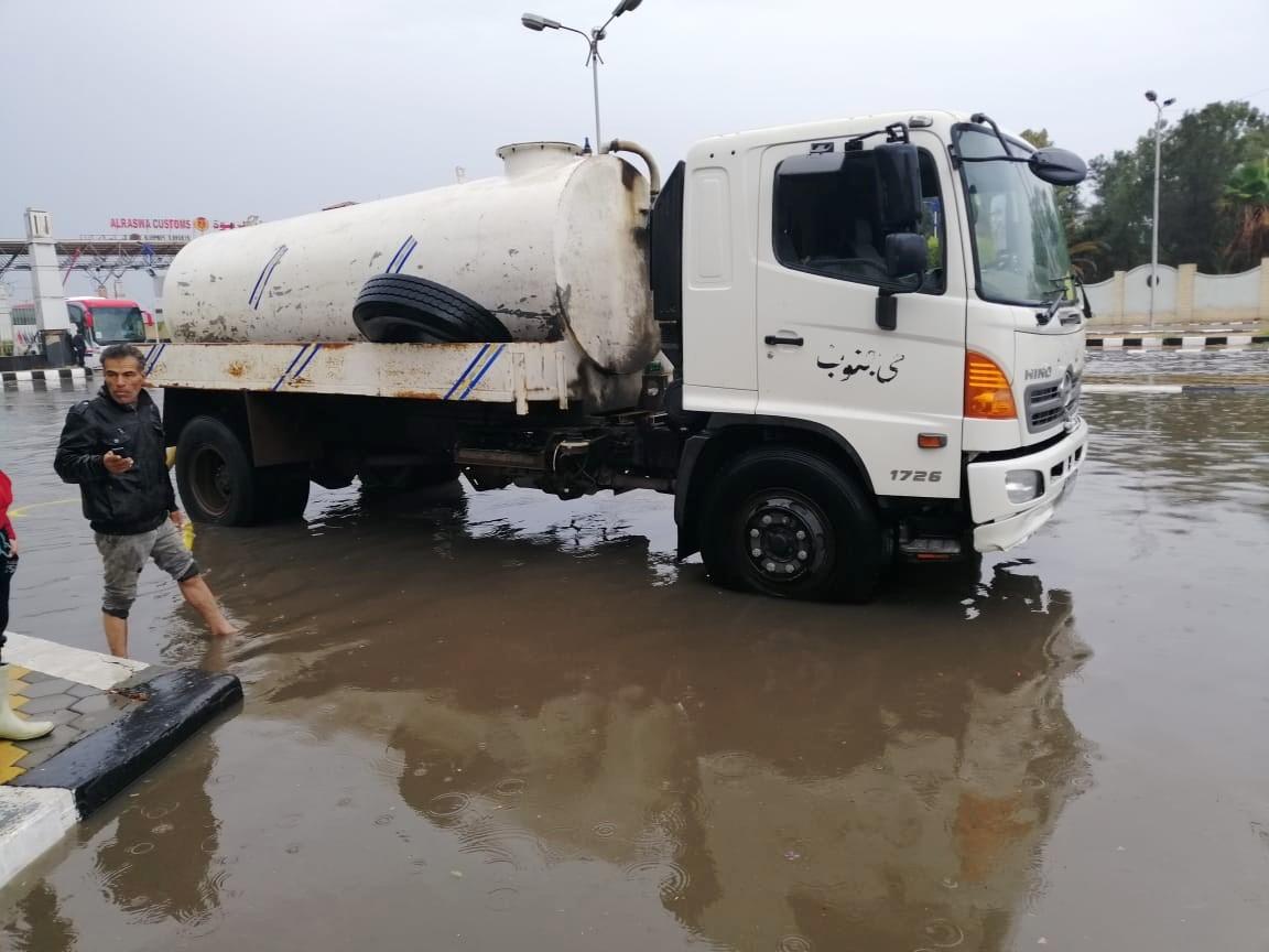 رفع مياه الأمطار ببورسعيد (6)