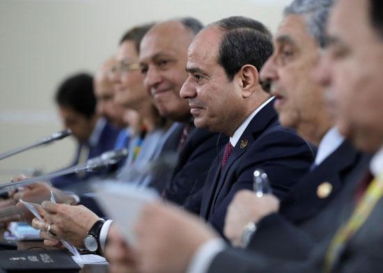 الرئيس-الروسي-فلاديمير-بوتين-يلتقي-بالرئيس-المصري-عبد-الفتاح-السيسي