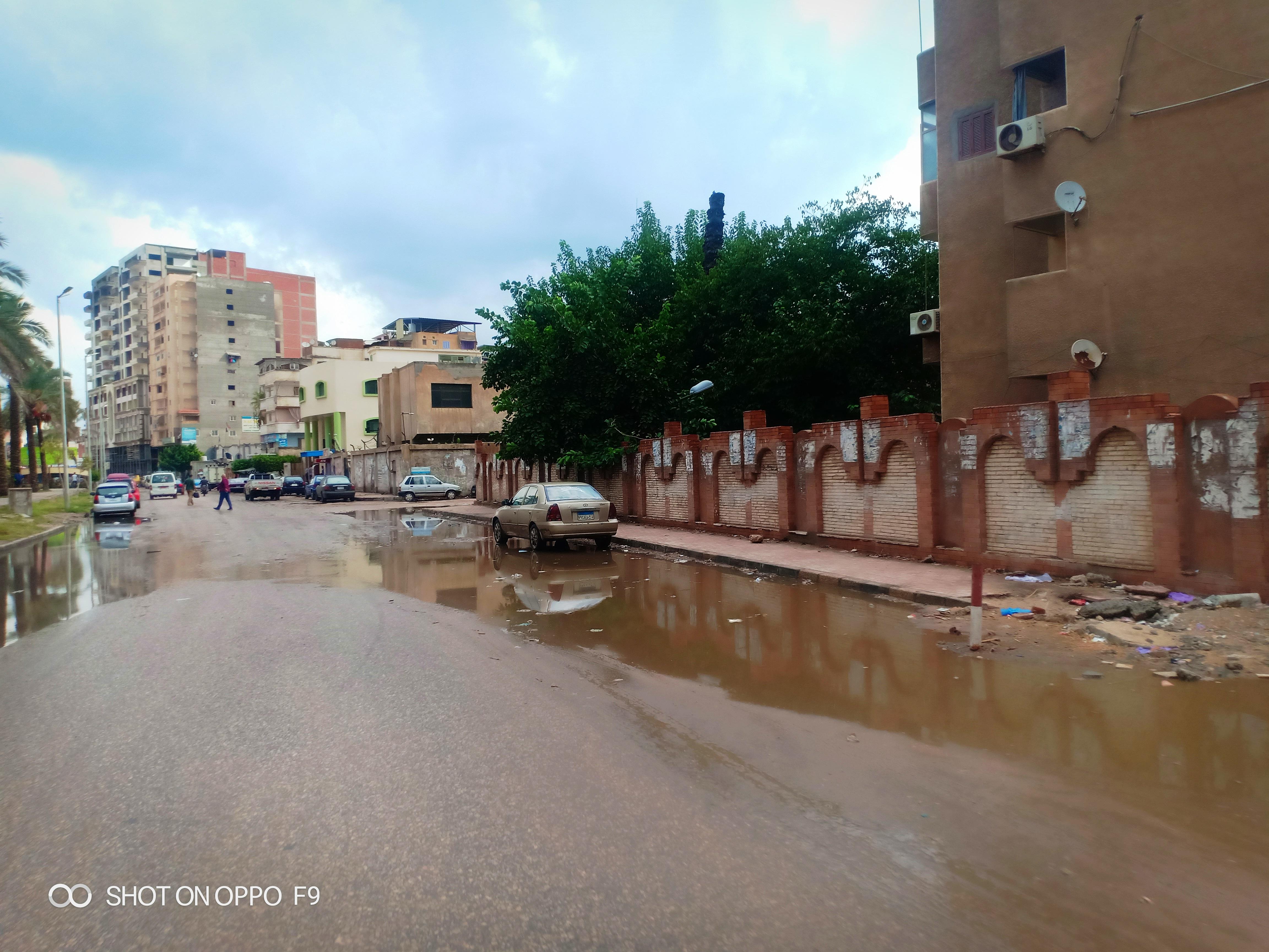 الأمطار الغزيرة تغرق شوارع دمياط (4)