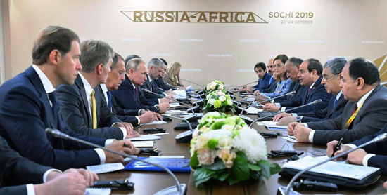 لقاء بوتن بالرئيس السيسي (1)