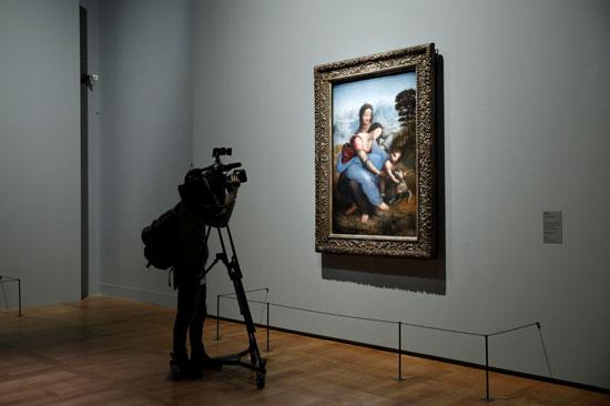 لوحة العذراء والطفل مع القديسة آن