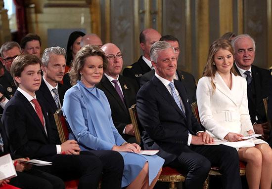 العائلة المالكة فى بلجيكا خلال الاحتفال بعيد ميلاد الأميرة