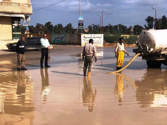 الأمطار-تغرق-المحافظات-وإغلاق-الموانئ-فى-الإسكندرية-وكفر-الشيخ-(4)