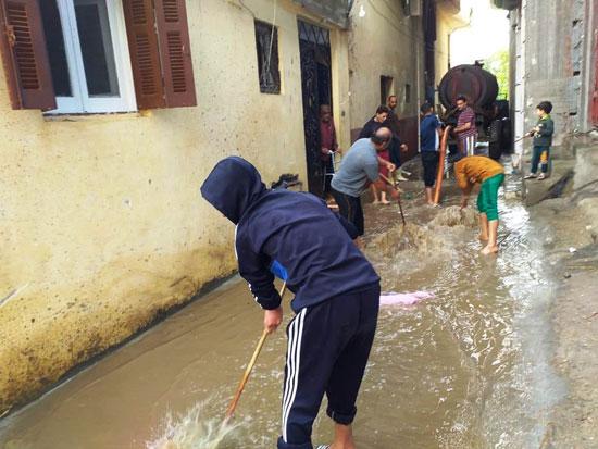 الأمطار-تغرق-المحافظات-وإغلاق-الموانئ-فى-الإسكندرية-وكفر-الشيخ-(13)
