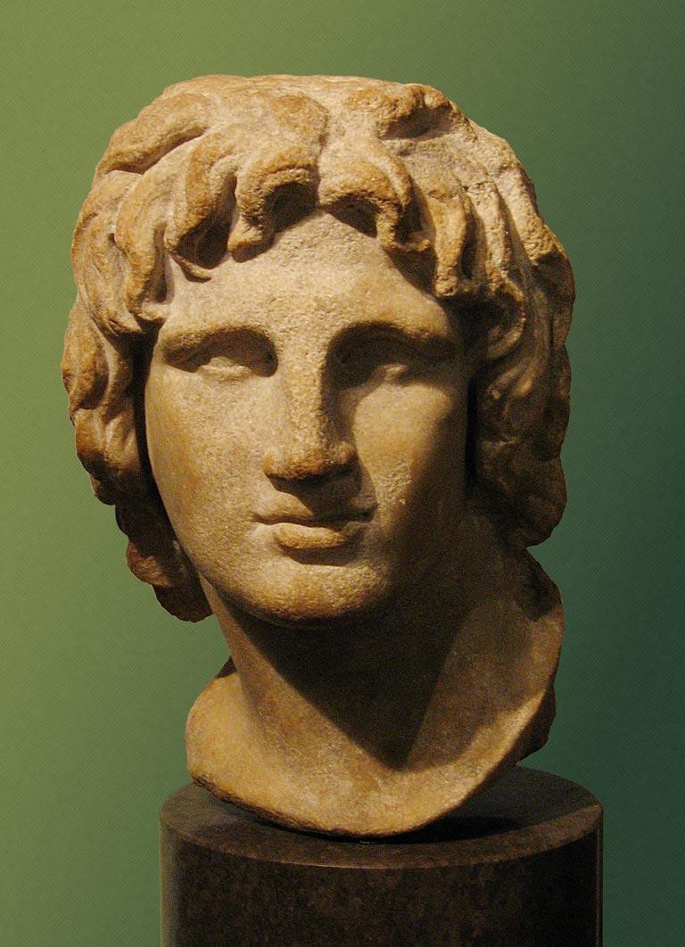 منحوتة لرأس الإسكندر في مطلع شبابه من المتحف البريطاني.
