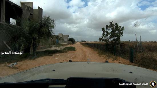 الجيش الليبى يسيطر على مناطق جديدة فى محاور القتال (2)