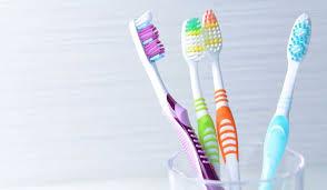 فرشاه الاسنان من اسباب تراكم الجراثيم