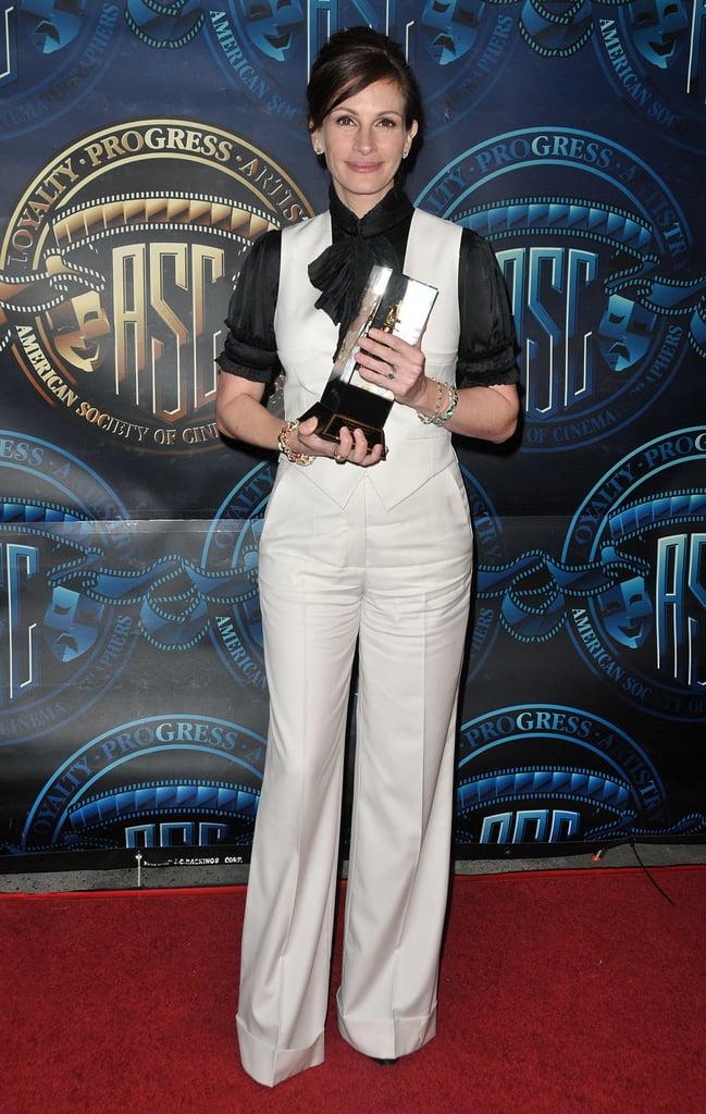 جوليا روبرتس فى جوائز الجمعية الأمريكية للسينما المتميزة فى عام 2011