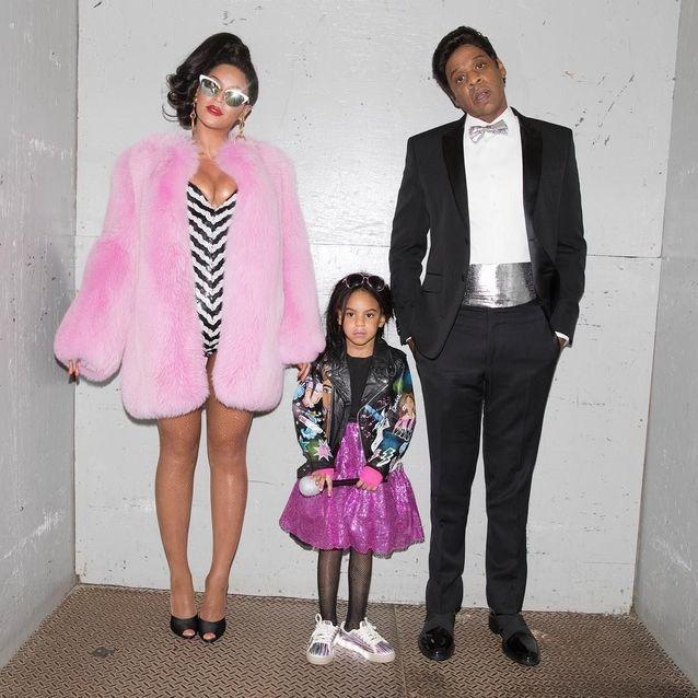 مع ابنتهما بلو آيفي