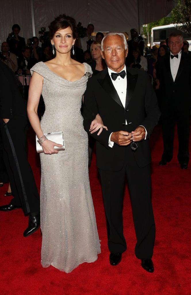 مع السيد أرمانى جوليا روبرتس فى حفل Met Met 2008