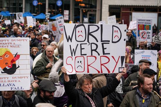 مظاهرات رافضة لزيارة ترامب وزوجته