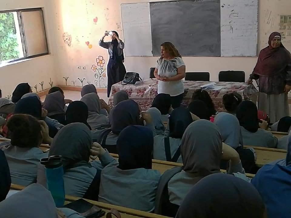 تعليم الأقصر تفتتح معرض المدرسة المنتجة بمقر الوزارة (2)