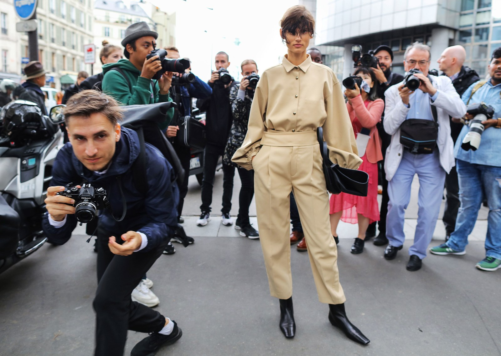 02-paris-streetstyle-ss20-phil-oh-day-2