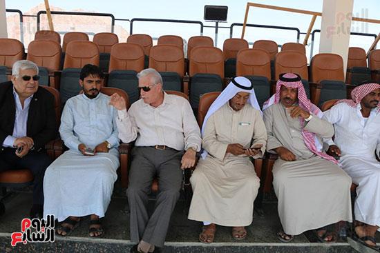 محافظ جنوب سيناء وممثلى الهجن يقفون على اخر الاستعدادت