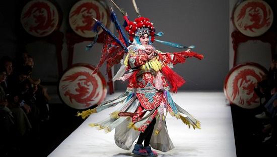 أسبوع الموضة في بكين