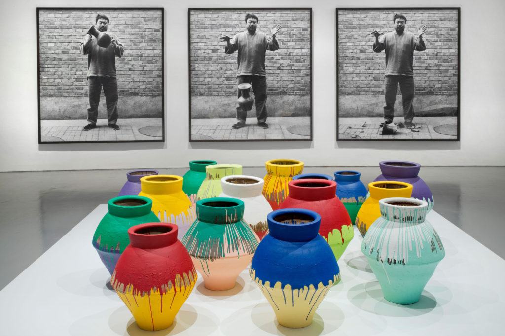 Ai-Weiwei-Coloured-Vases-2006-1-1024x682