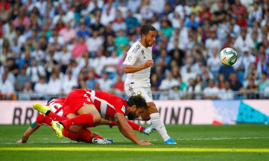 هازارد-يسجل-هدفه-الأول-فى-ملعب-ريال-مدريد