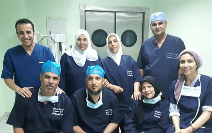 فريق الجراحة والتخدير والتمريض