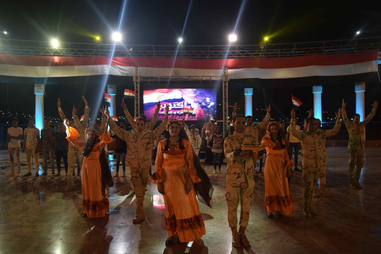 محافظ المنيا يحتفل بذكرى أكتوبر (13)