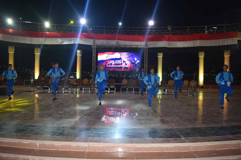 محافظ المنيا يحتفل بذكرى أكتوبر (10)