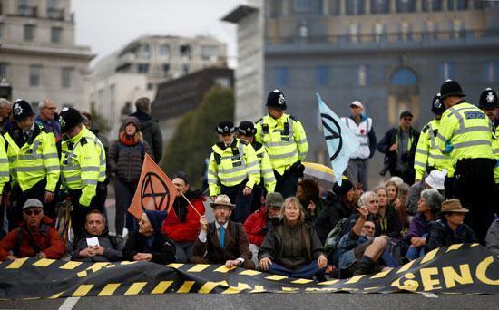 نشطاء-تغير-المناخ
