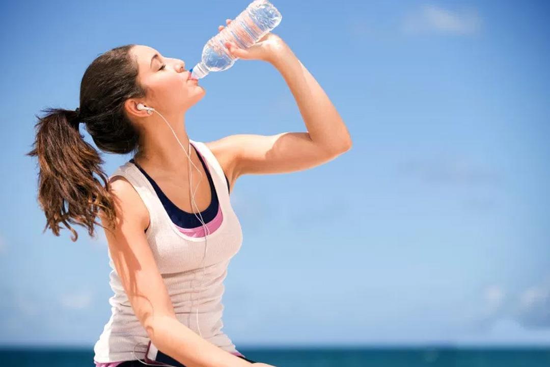 شرب المزيد من الماء