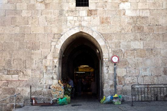 بوابة ضمن البوابات الـ8 فى القدس