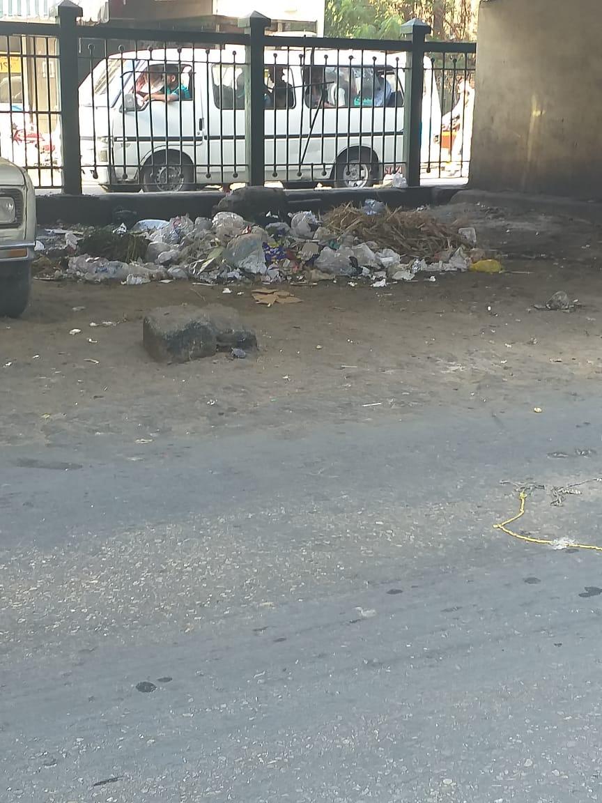 انتشار القمامة بشارع الجيزة الرئيسى