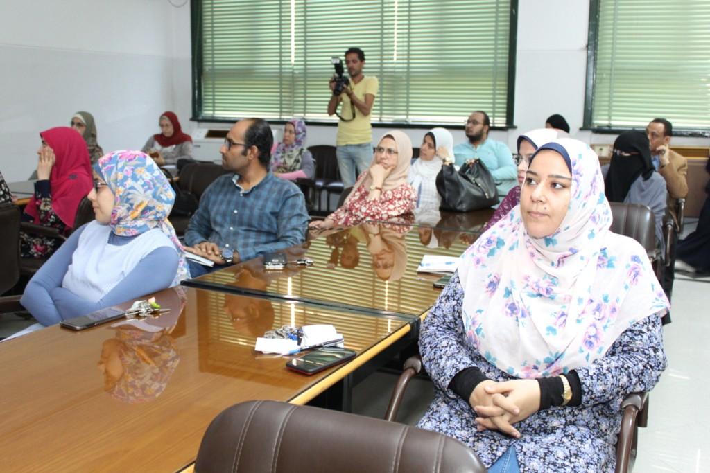 جامعة أسيوط تنظم ورشة عمل متخصصة لبنك المعرفة المصري (8)