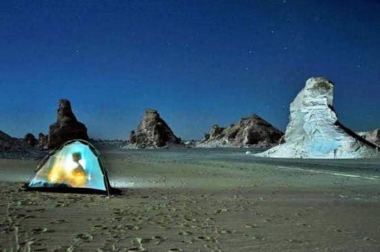 التخييم-في-الصحراء-البيضاء