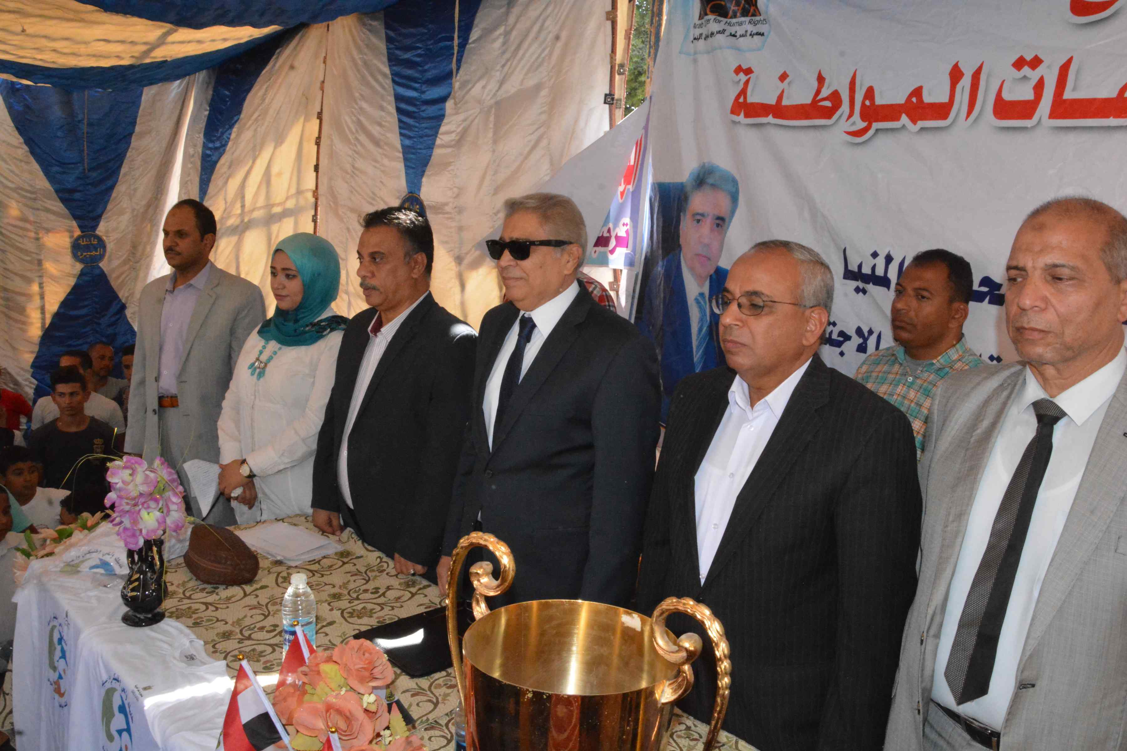 محافظ المنيا يتابع فعاليات برنامج تعزيز المواطنة بدير أبو حنس بملوى (9)