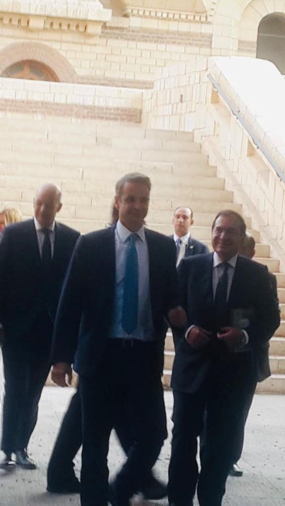 ئيس وزراء اليونان يزور كنيسة مار جرجس  (2)