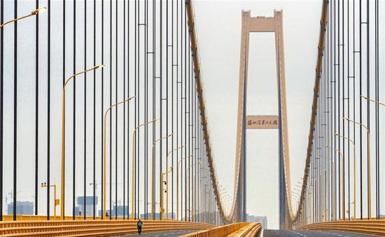 جسر-معلق-من-طابقين