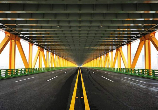 أطول-جسر-معلق-من-طابقين