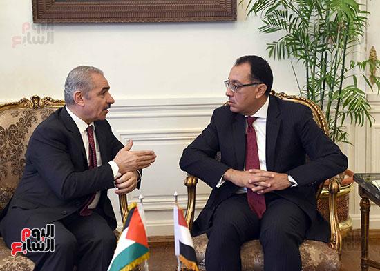 جلسة المباحثات الثنائية بين رئيس الوزراء ونظيره الفلسطينى (7)