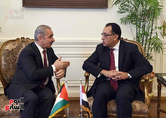جلسة المباحثات الثنائية بين رئيس الوزراء ونظيره الفلسطينى (1)
