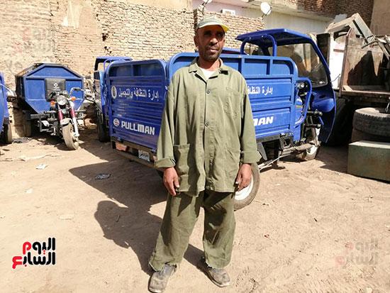 رجال-النظافة-بمحافظة-الأقصر-يقدمون-ملحمة-من-الأمانة-في-خدمة-الأهالي-(3)