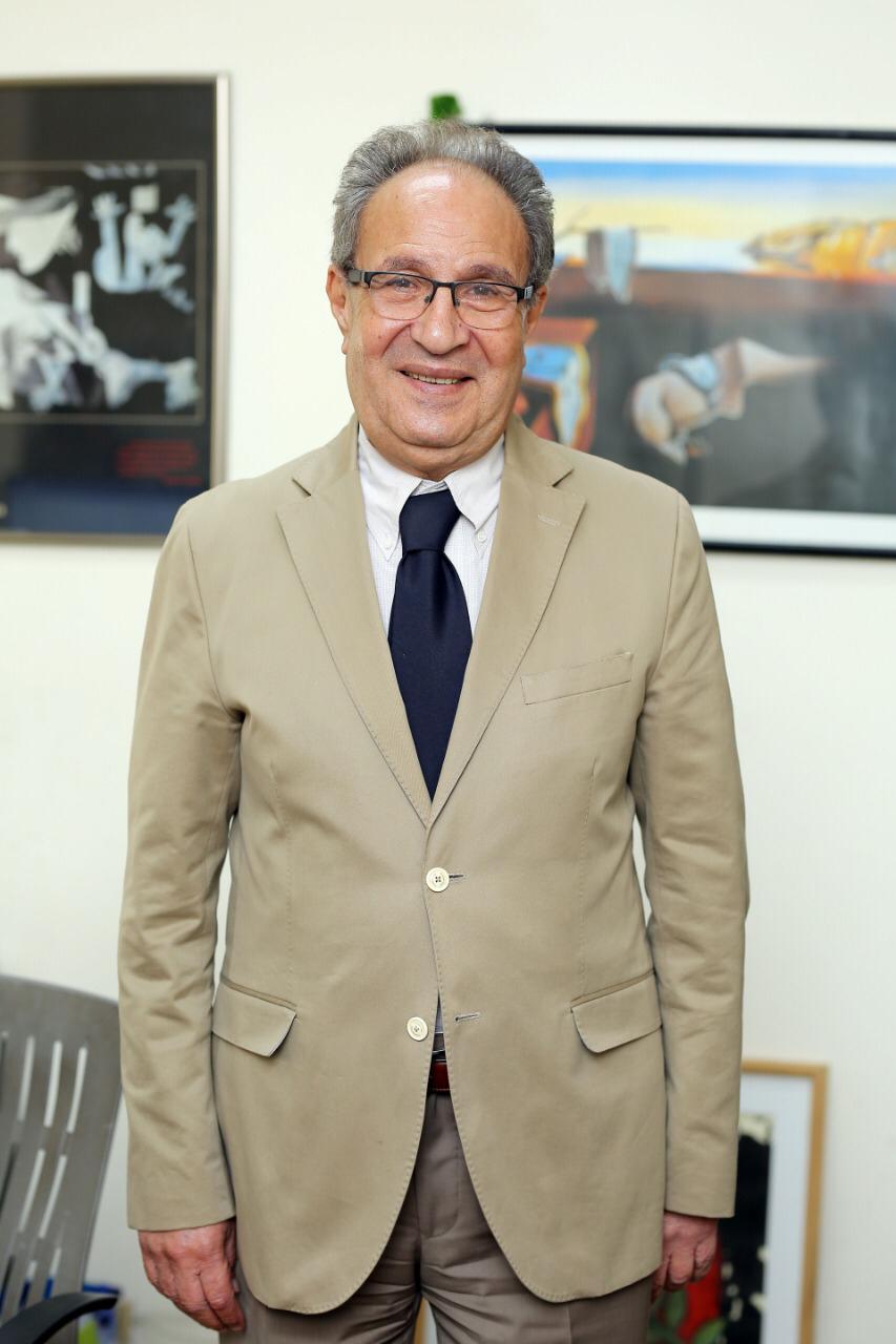 الدكتور محمد العزازى رئيس جامعة مصر