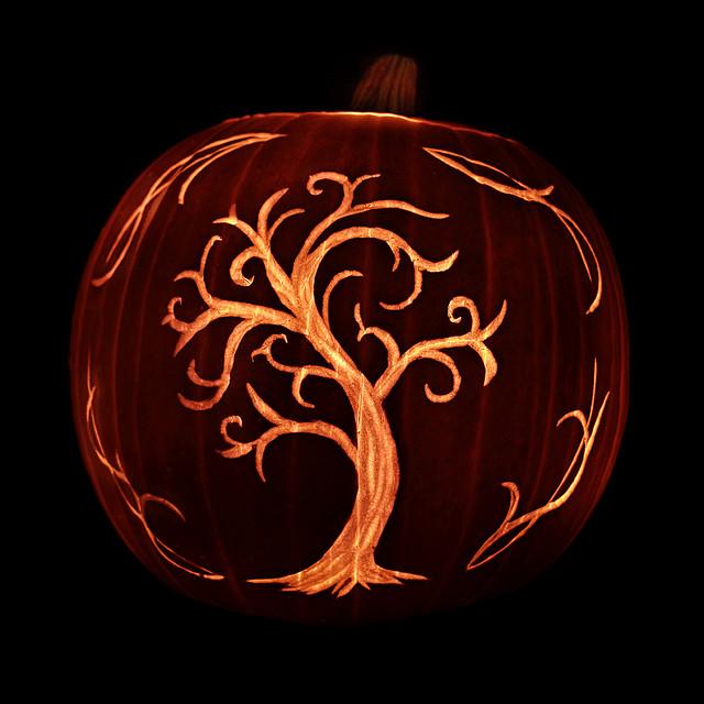 100-halloween-pumpkin-carving-ideas-13