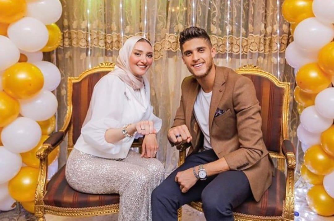 أحمد الشيخ و خطيبته ندى