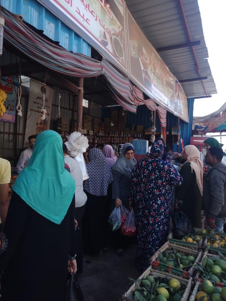 انتعاش بأسواق الخضر والفاكهة بالغربية ورقابة تموينية على الأسعار (8)