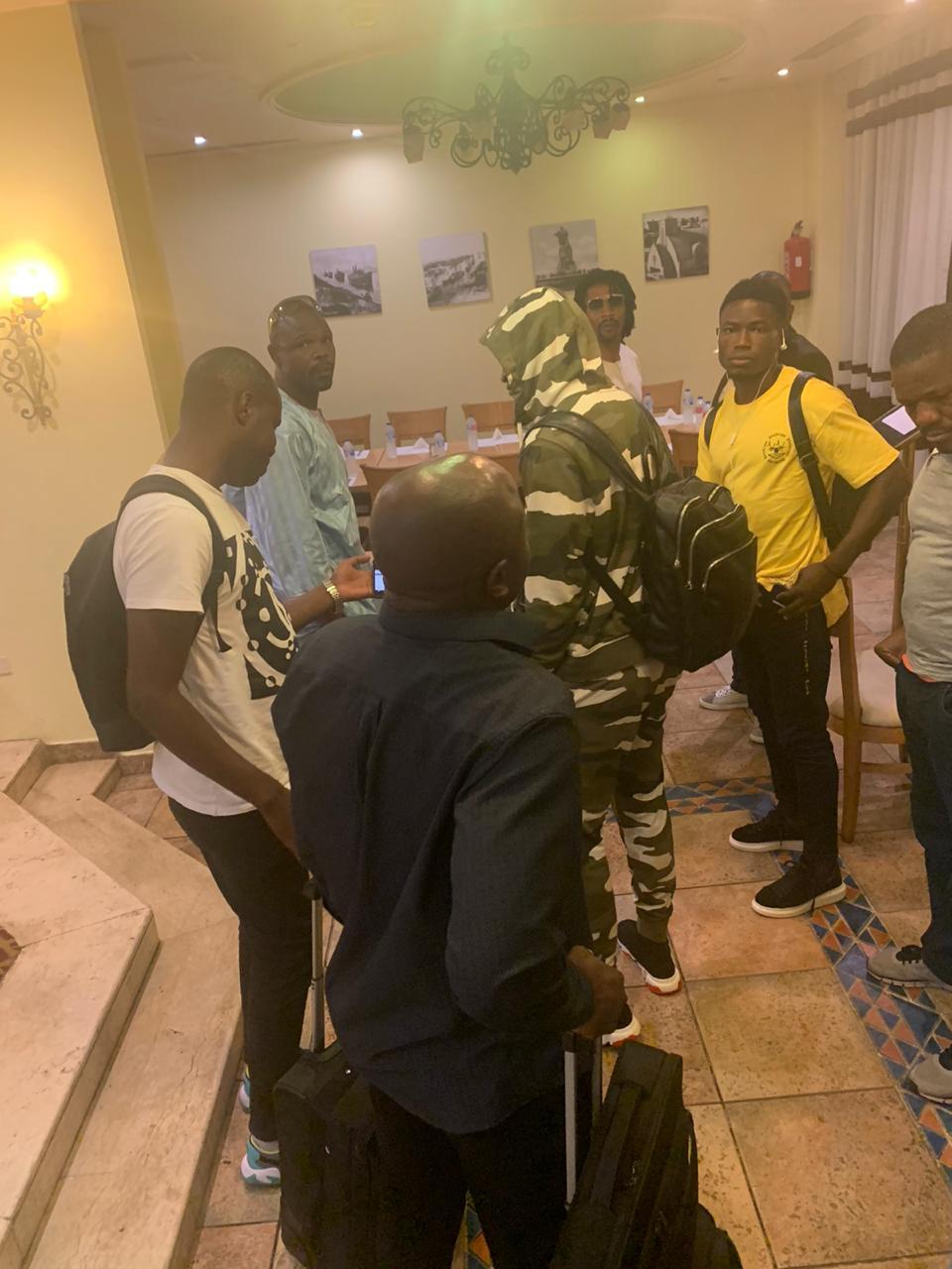 وصول بعثة منتخب الكاميرون إلى الإسماعيلية  (9)