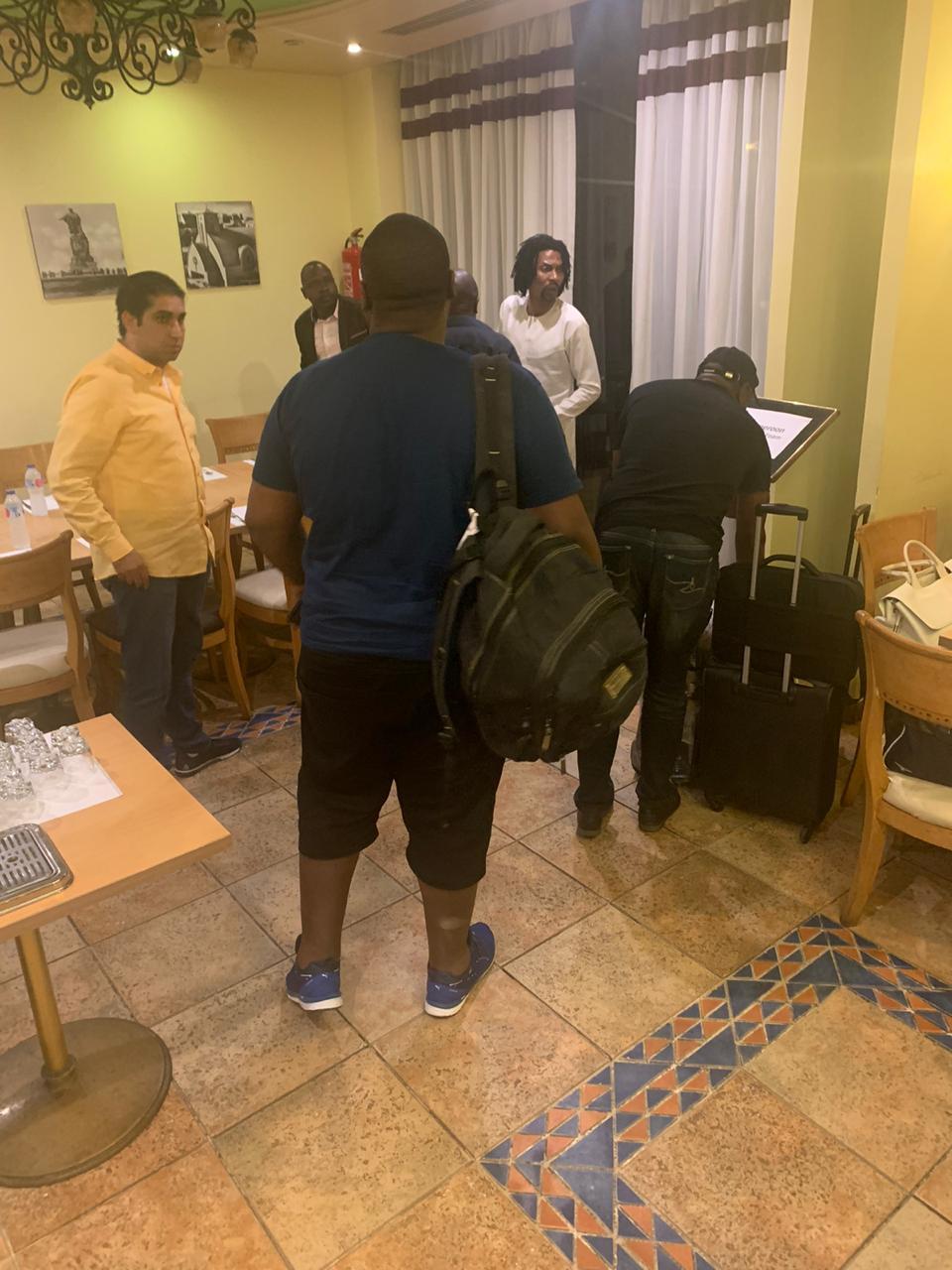 وصول بعثة منتخب الكاميرون إلى الإسماعيلية  (20)
