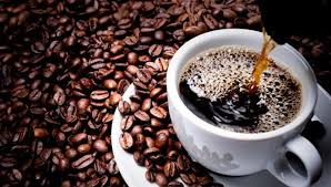 القهوة تؤدى الى جفاف الفم وتسبب رائحة الفم الكريهة