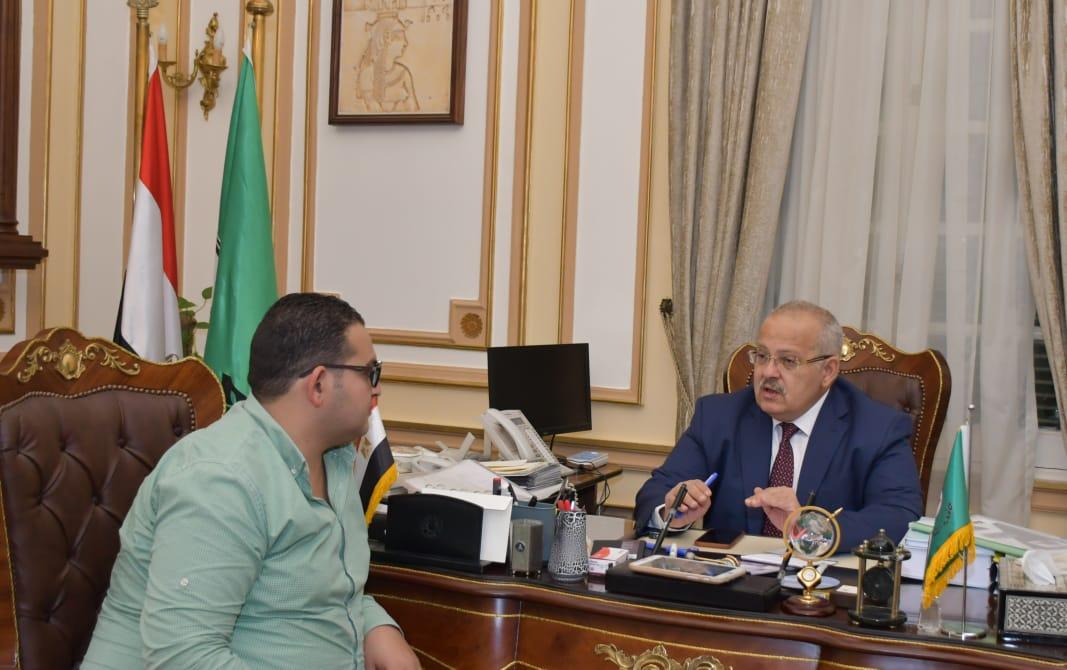 رئيس جامعة القاهرة  ومحرر اليوم السابع  (4)