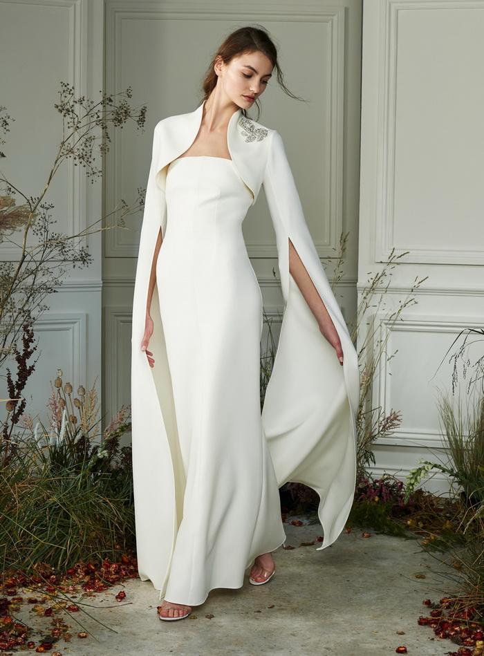 فستان زفاف بكاب