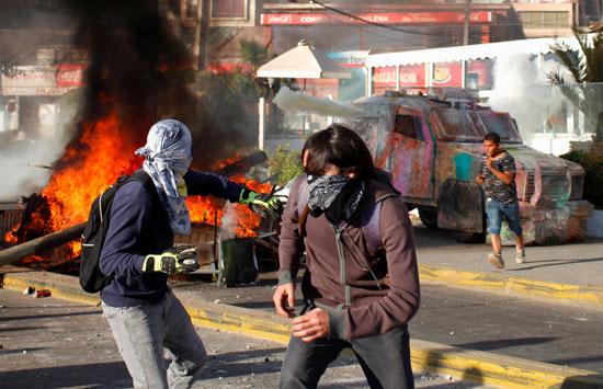 جانب من العنف فى تشيلى