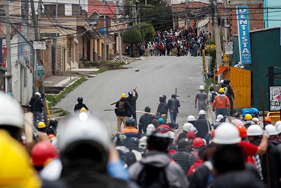 اشتباكات بين أنصار الرئيس البوليفى وانصار المعارضة